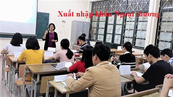 học logistics đại học ngoại thương