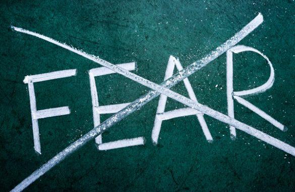 Vượt qua nỗi sợ hãi