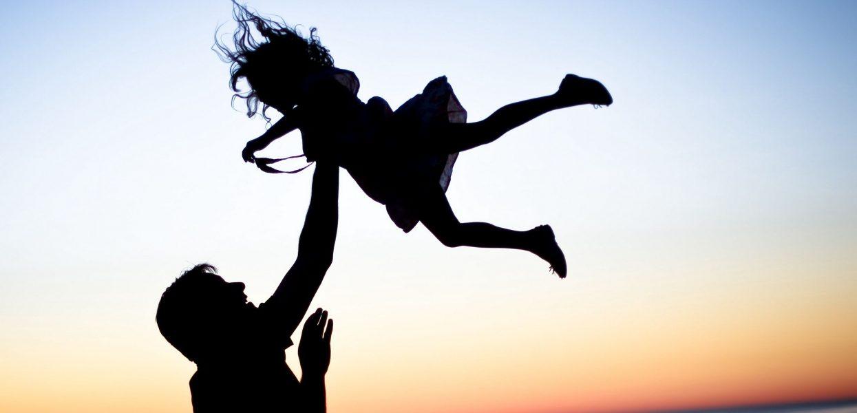10 điều giúp gắn kết tình cảm cha và con gái
