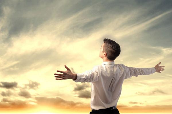 Bài học từ sự thành công của một người kinh doanh táo