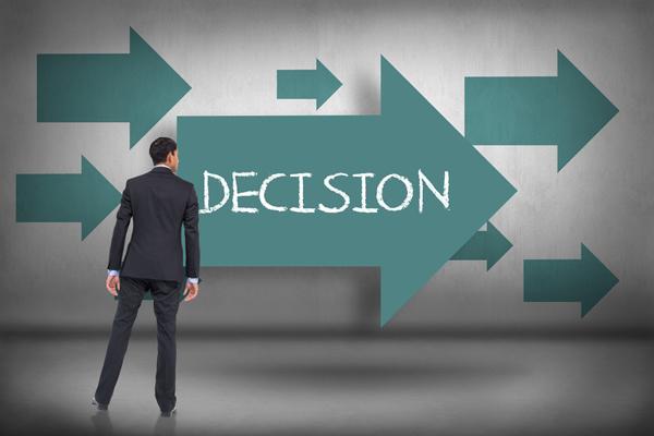 Ranh giới giữa quyết định và sụp đổ trong kinh doanh